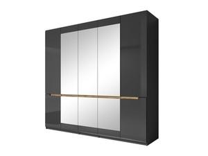 5-durvju skapji